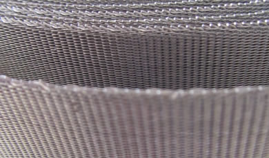 Twilled woven mesh